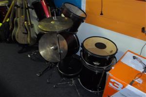 ADW Drum Set