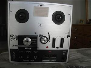 AKAI X165-D tape deck