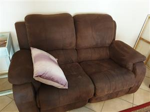 Reclinet couch set
