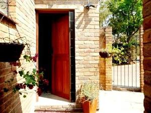 Garden Flat SINGLE person Menlyn