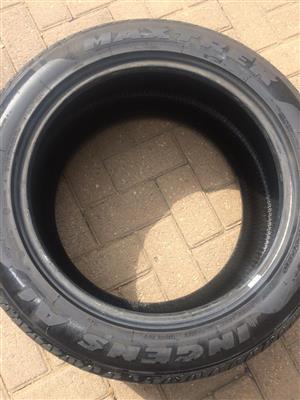 Maxtrek Tyre - 285/45/R19