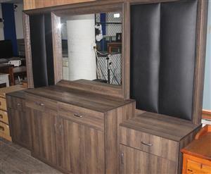 Brown 4 piece bedroom suite S044881A #Rosettenvillepawnshop