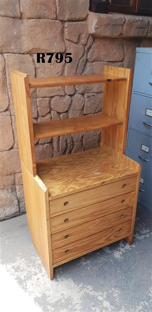 Pine Chest of Drawers with Bookshelve (655x455x1230)