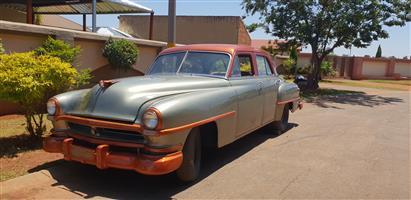 1952 Chrysler Windsor Delux sedan