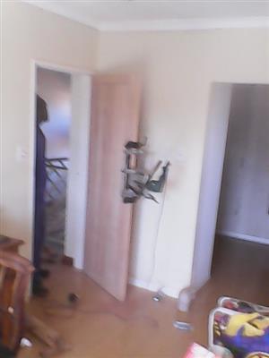 Door hanging eldoraigne centurion 0846137292