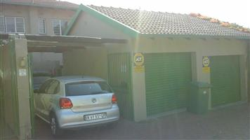 Charming 3 bedroom Town house available for Rent in Ferndale, Randburg, Gauteng
