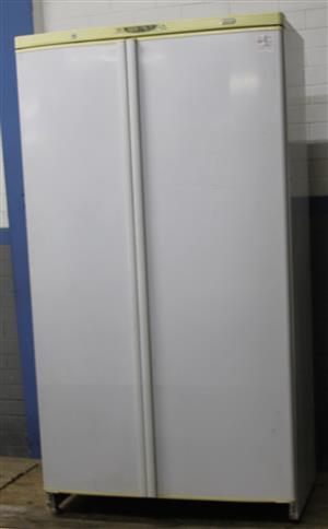 Defy F640 double door white fridge S031644A #Rosettenvillepawnshop