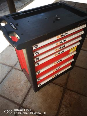 Fixman 7 drawer toolbox cabinet