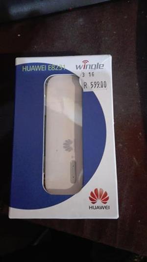 Huawei E8231 WiFi Dongle