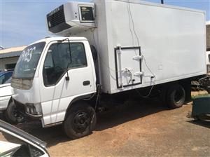 Isuzu N4000 truck