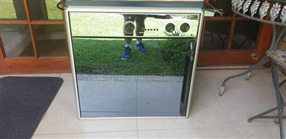 DEFY OVEN&STOVE FOR SALE