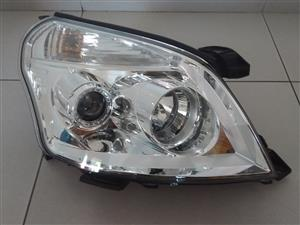 Foton Tunland 2.8 cummins Brand New Headlights for sale price R4000