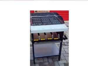 FLAT TOP GRILLERS ELECTRIC AND GAS FROM R 1695