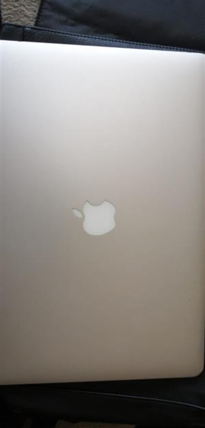 Pre owned 15 inch MacBook Pro for sale