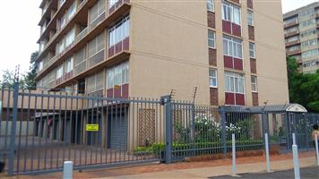 Attention Investors – 2 Bedroom Flat in Arcadia – R 585 000