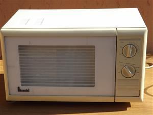 microwave Akashi 32 l