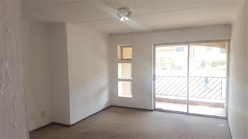 Ridegeway 1bedroomed townhouse to rent for R4200