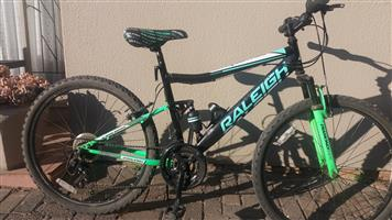 "26"" Raleigh Accent DS Mountain Bike (MTB)"