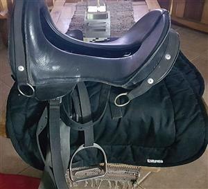 Kavalier Saddle