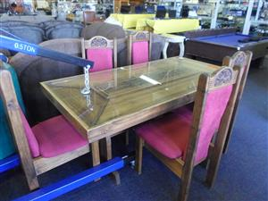 Wooden Glass Top Dining Room Suite + 5 Wooden Material Chairs