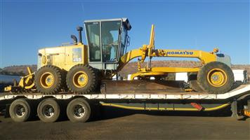 Komatsu GD 655 Grader with Rippers