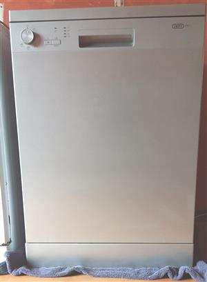 Silver Defy Dishwasher