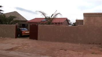 4Description  4 bedroom house 4 sale in block x Soshanguve, security fence around the house. Price R2500 plus 1500 deposit negotiable.10 minutes walk 2 the clinic and 5 minutes to primary school.