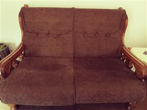 5 Seater lounge suite with matching recliner. (All recently refurbished and recovered)