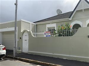 2 bedroom house/cottage for rent in Claremont