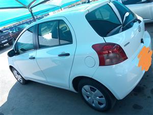 2010 Toyota Yaris 1.3 5 door T3