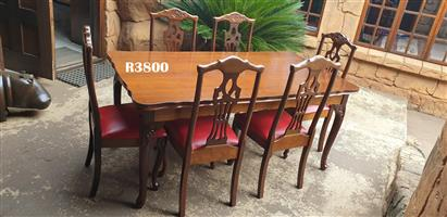 6 Seater Queen Anne Dining Suite (1670x900x760)