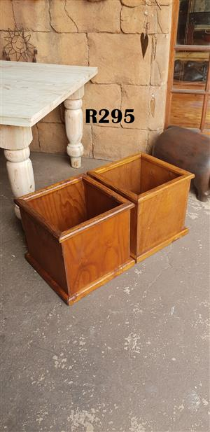 2 x Wooden Flower Boxes (430x430x410)