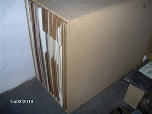 Special storage box for picture framing mounting boards