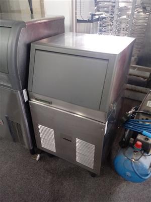 Ice Machine 50 kg - Scotsman