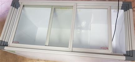 520Lt Glass top Freezer