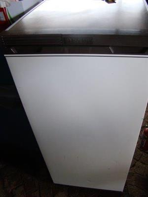 Barlow 242L Fridge with small Freezer inside