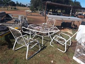 White 4 Seater garden set for sale