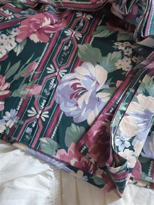 Floral pattern table cloth for sale