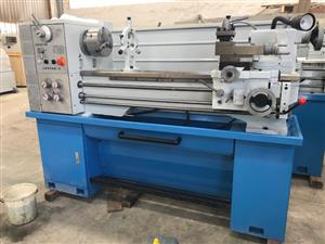 Lathe, 1000mm B/Centres, 400mm Swing, 52mm S/Bore, Brand New