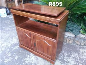 Plasma Cabinet with Turnable Top (835x405x870)