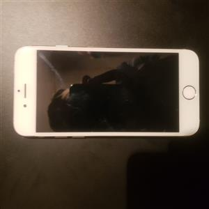 iPhone 6 for sale as is or sold for spares (icloud active)