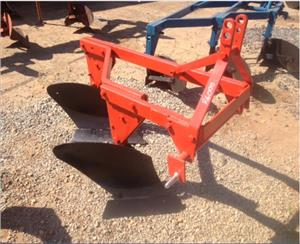 S3085 Red U Make 2 Furrow Frame Plough / 2 Skaar Raam Ploeg Pre-Owned Implement