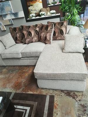 Phenomenal Johannesburg Gauteng In Living Room Furniture In Gauteng Beatyapartments Chair Design Images Beatyapartmentscom