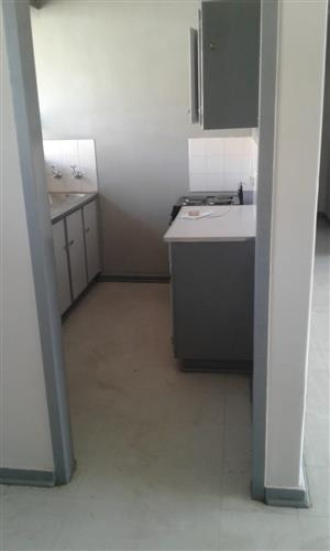 1 biggest room to let in Gezina available immediately...