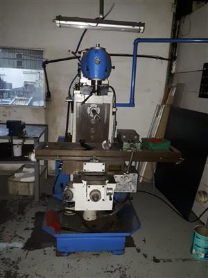 Turret Head milling machine