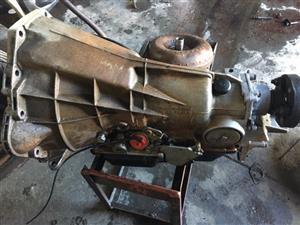 Mercedes-Benz Complete M102 Engine (W201, W124, W123) with 4 speed