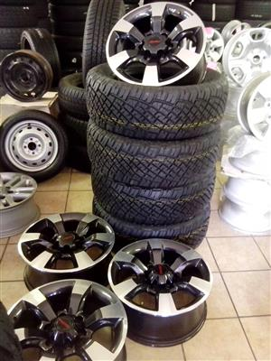 Isuzu 18 inch rims with 255/60/18 General Grabber new tyres R12800 x4 set.