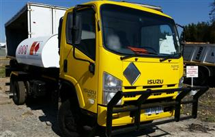 2011 Isuzu NPS300, 4x4, 3000litres Diesel tanker truck for sale
