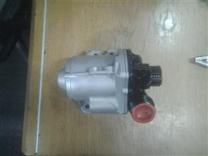BMW NEW 335I WATER PUMPS FOR SALE...