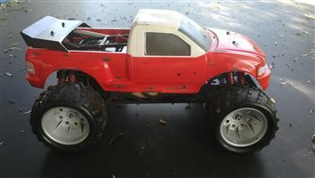 FG Monster Truck 26cc Zenoah